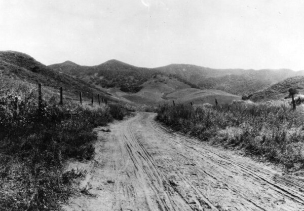 An early view of the Cahuenga Pass' rutted road. Courtesy of the Photo Collection - Los Angeles Public Library.