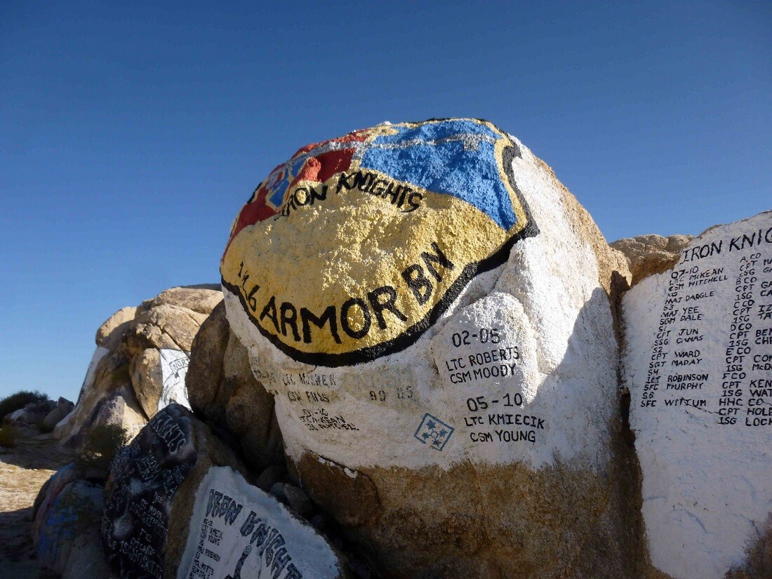 Painted Rocks, Fort Irwin (2)