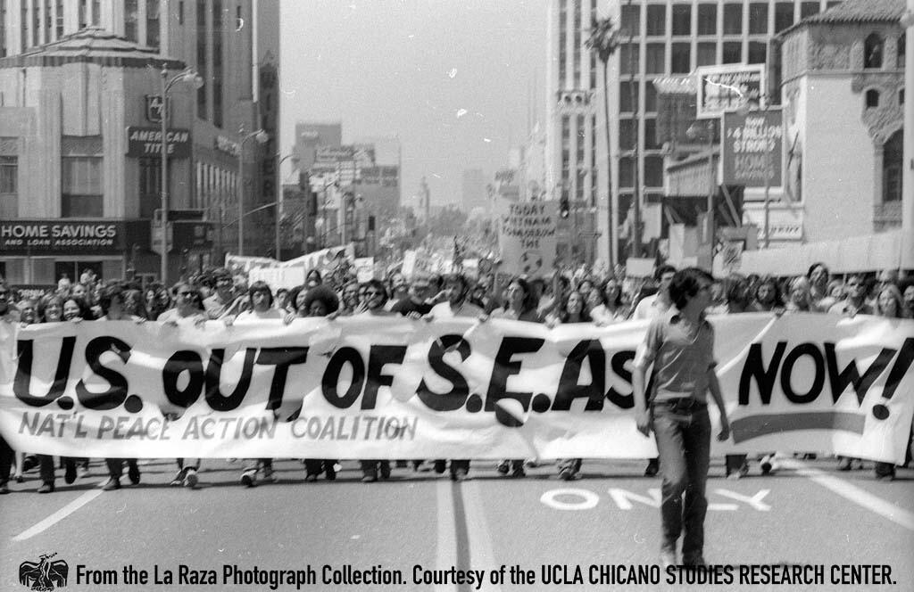 CSRC_LaRaza_B16F7S1_N055 The anti-Vietnam War demonstration down Wilshire Boulevard | La Raza photograph collection. Courtesy of UCLA Chicano Studies Research Center