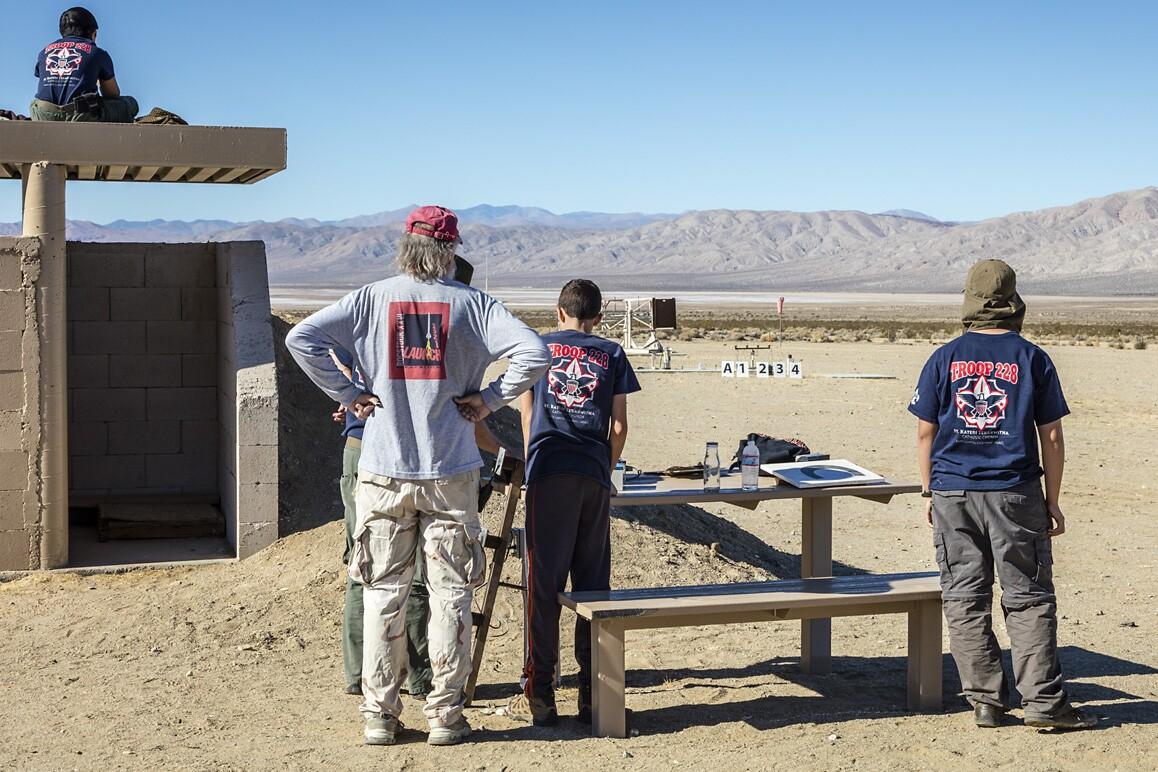 Boy scout troop at FAR launching Estes kit rockets, Cantil, CA (2015). | Kim Stringfellow