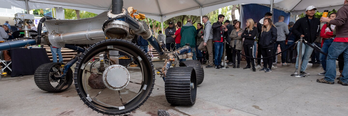 Ticketed guests at JPL's Ticket to Explore event in May 2019 take a look at robots under contruction. | Flickr/NASA Jet Propulsion Laboratory/Creative Commons (CC BY-NC-ND 2.0)