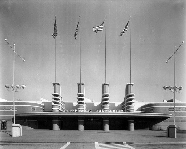 Streamline Moderne facade of the Pan-Pan Pacific Auditorium. 1955 photograph by Dick Whittington, courtesy of the Dick Whittington Photography Collection, USC Libraries.