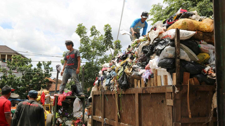 Towards the Human City: Garbage in Bandung