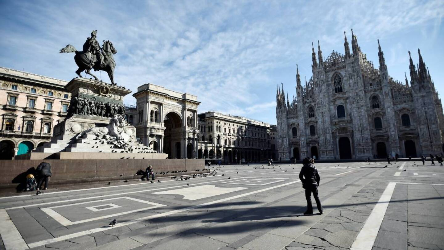 A general view of Duomo square after the Italian government imposed a virtual lockdown on the north of the country, in Milan, Italy March 8, 2020. | REUTERS/Flavio Lo Scalzo