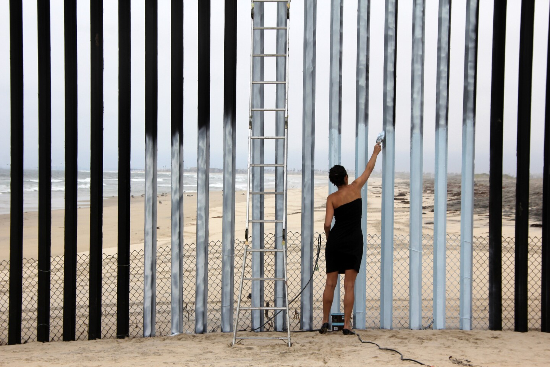 "Ana Teresa Fernandez, ""Erasing the Border,"" 2012"