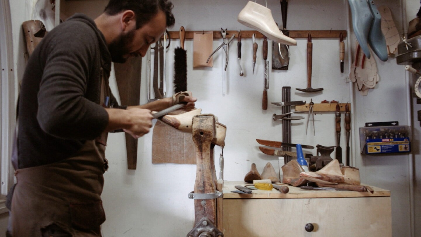 "Still from Artbound episode ""Artesanos/Artisans"""
