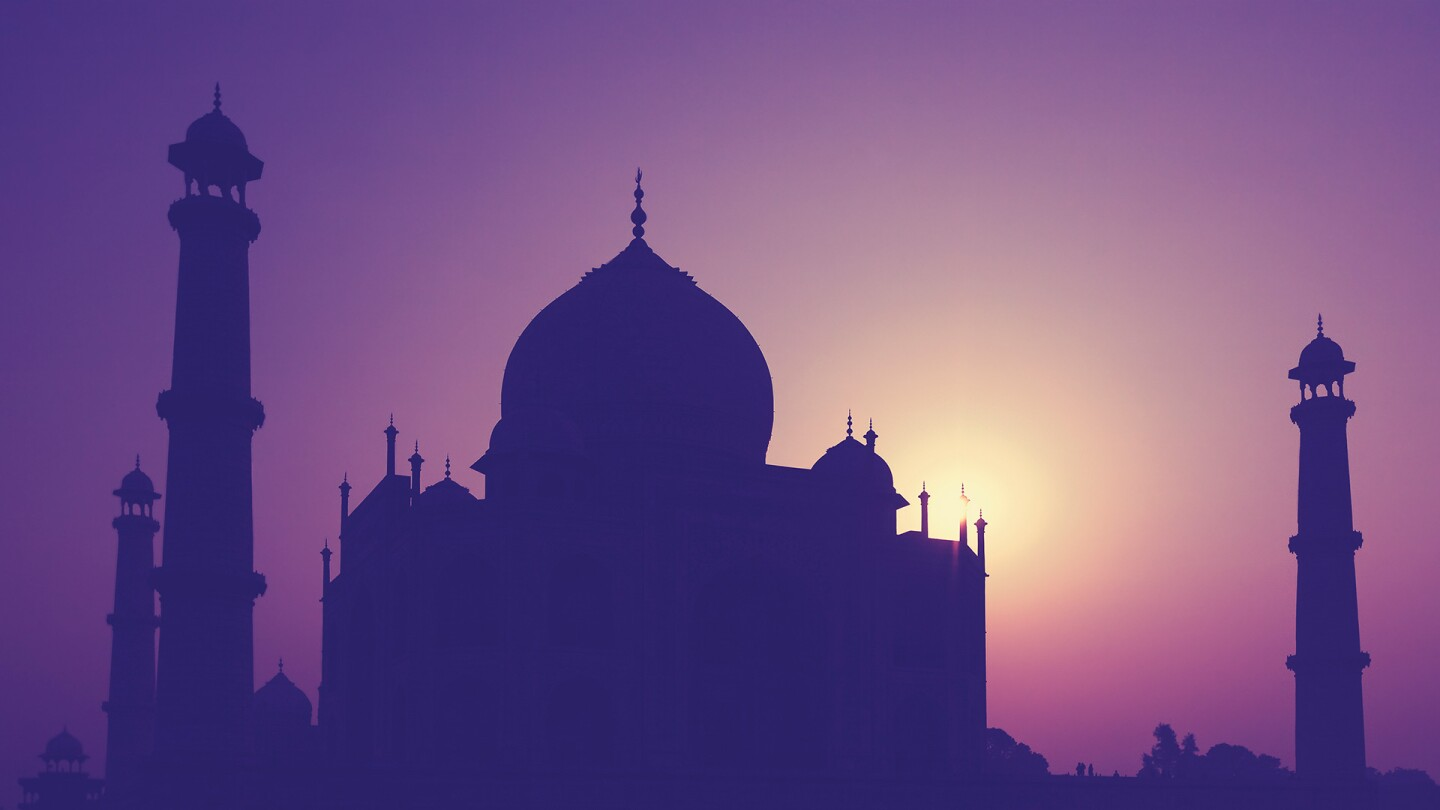 Taj Majal at Sunrise