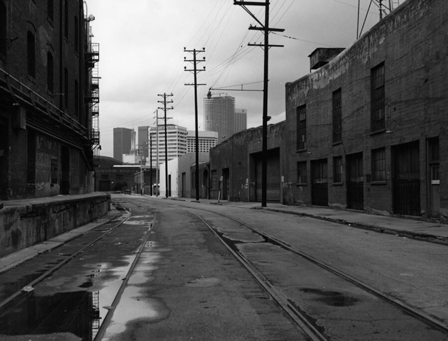 View of Banning Street in the industrial section in downtown Los Angeles. Photo William Reagh Los Angdeles Public Library 1980
