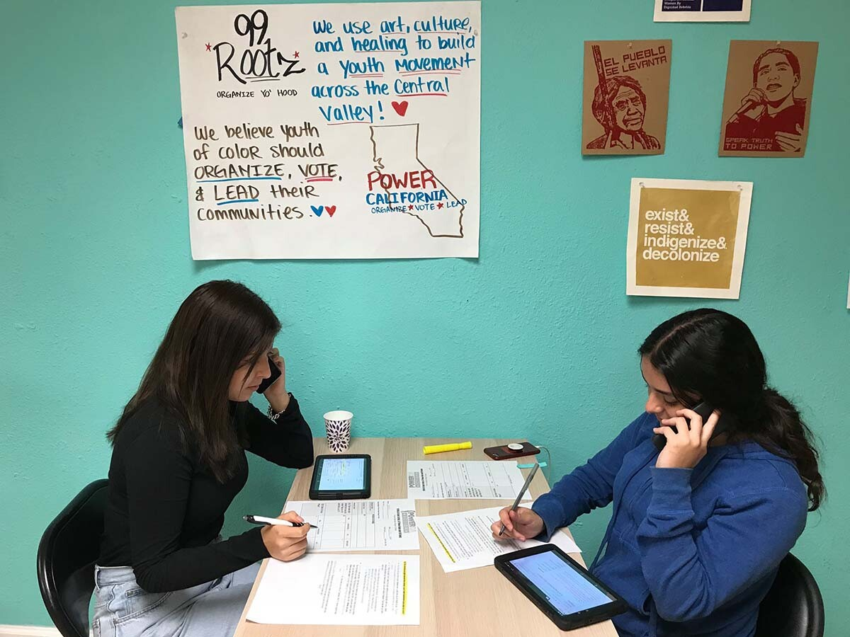 99Rootz youth leaders at a volunteer phone bank at an office in Atwater, Merced County in Spring 2020. | Crisantema Gallardo