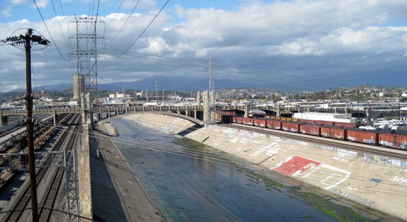 lariver_downtownbridges_600