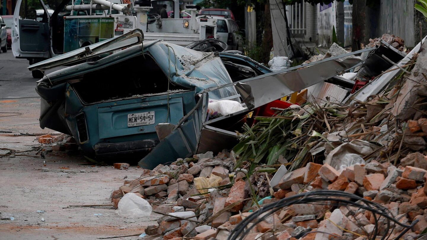 Street in eastern Mexico City after 8.1 earthquake |Getty Images