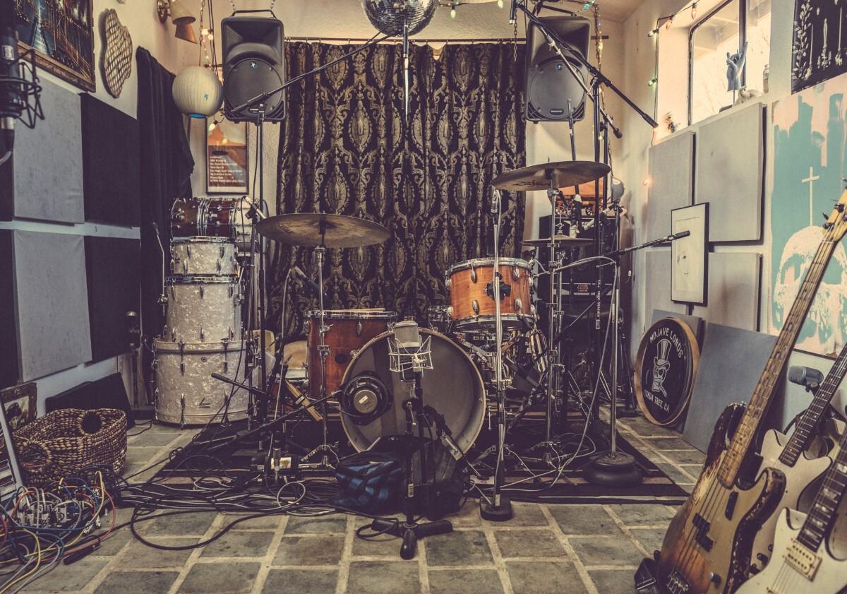 Drum kit at Rancho de la Luna | Kim Stringfellow
