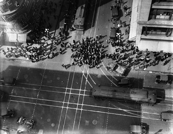 Aerial view of the intersection, circa 1925. Courtesy of the Photo Collection, Los Angeles Public Library.