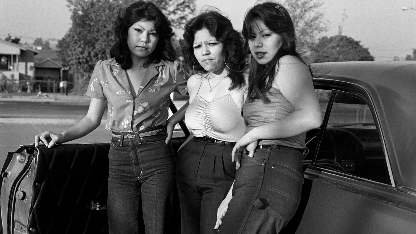 "Janette Beckman, ""Rivera Bad Girls"" (featured)"