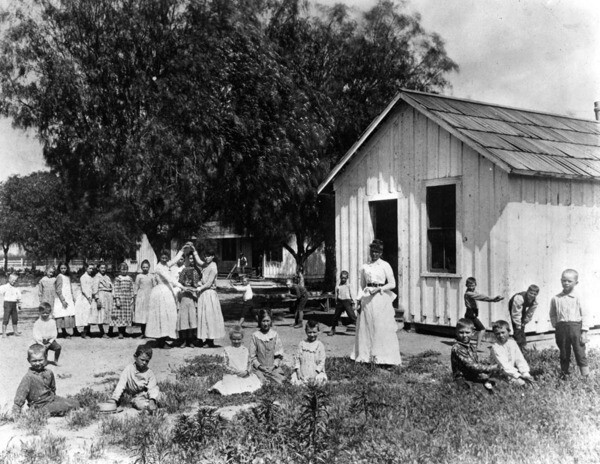 The Lankershim School was founded in 1889. Courtesy of the Photo Collection - Los Angeles Public Library.