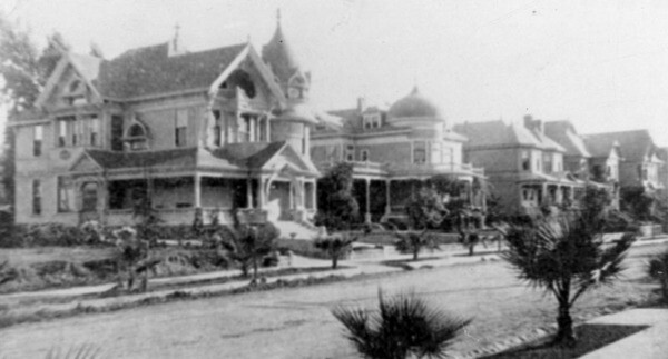 Victorian Homes on South Bonnie Brae ca. 1910. Courtesy of Los Angeles Public Library