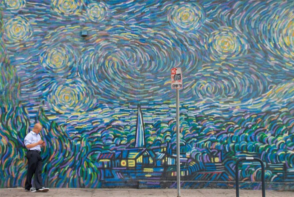 Homage to Starry Night by Cronk (1990) in Venice I Photo by Kevin McShane