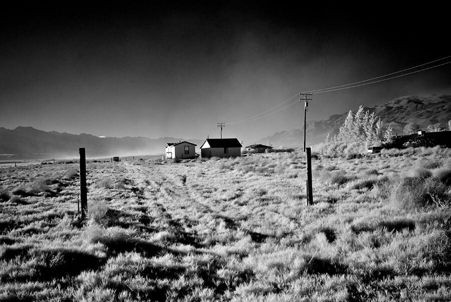Dust Storm - Infrared Exposure - Keeler, CA - 2013 | Photo: Osceola Refetoff