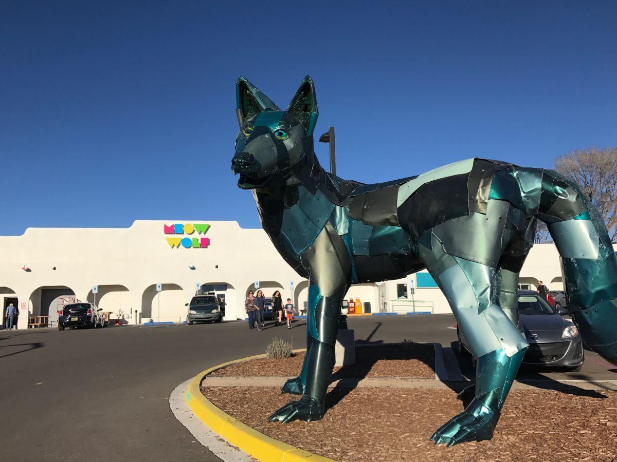 Meow Wolf exterior   Jean Trinh Desert X AB s9