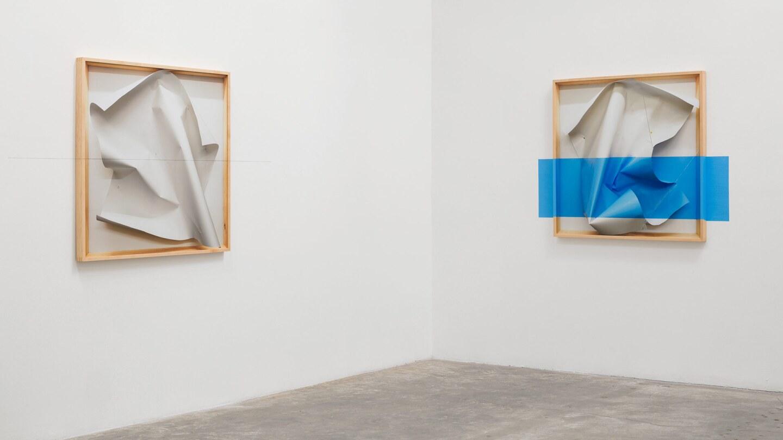 "Installation view, ""Chris Engman: Looking,"" Luis De Jesus Los Angeles. Photo by Michael Underwood."