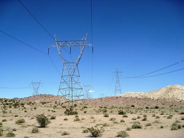 transmission-lines-desert-7-26-12-thumb-600x450-33145