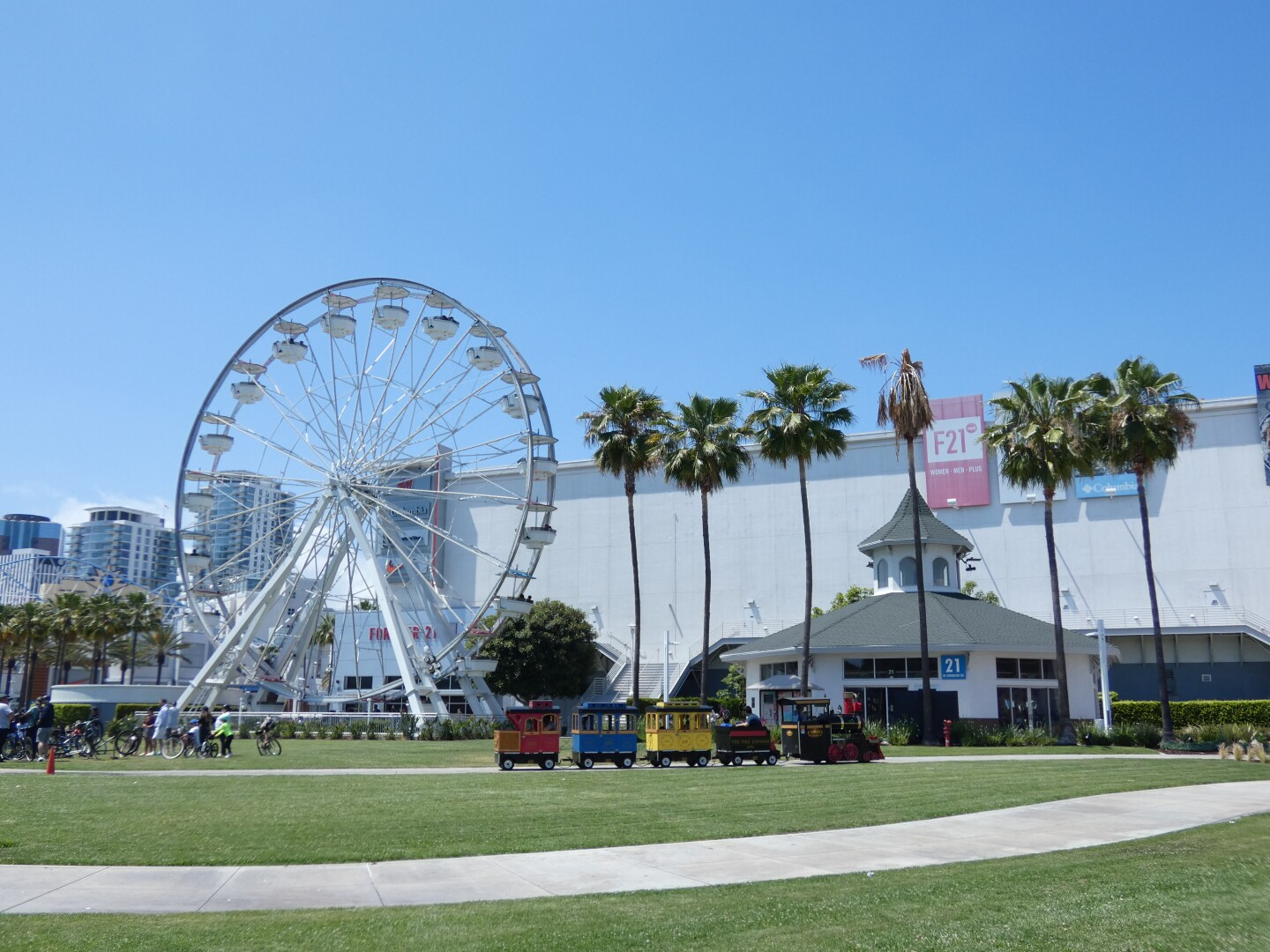 The carousel and ferris wheel at The Pike in Long Beach.