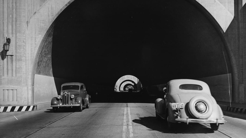 fig_street_tunnel_header.jpg