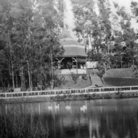 For a few short years, privately owned Second Street Park was once of Los Angeles' most popular outdoor retreats. Circa 1890 photo courtesy of the USC Libraries - California Historical Society Collection.