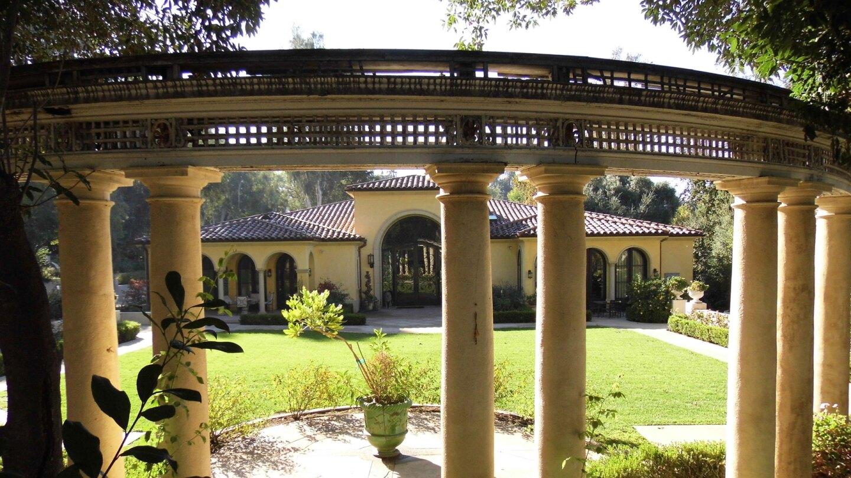 pergola busch gardens
