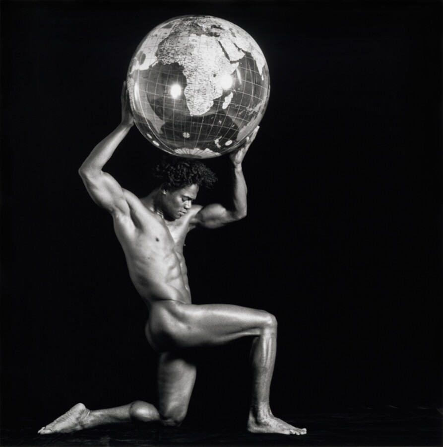 Renee Cox, Atlas 1995 | Courtesy of Light Work