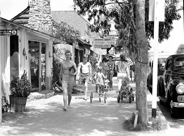 balboa-island-marine-avenue