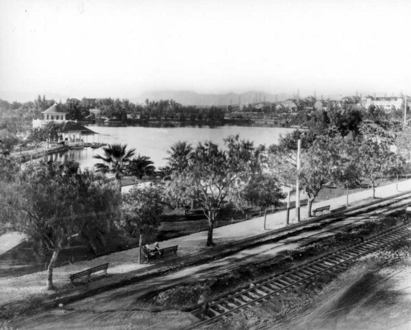 By 1897, two streetcar lines connected Westlake Park with the rest of the growing region. Courtesy of the Title Insurance and Trust, and C.C. Pierce Photography Collection, USC Libraries.