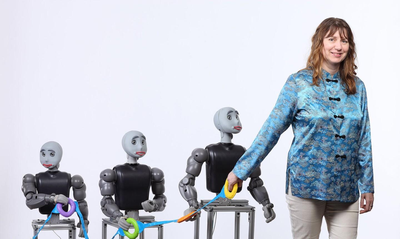 Maja Mataric's robots can be socially assistive