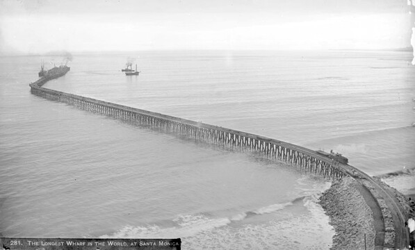 The 'Long Wharf' extended 4,600 feet into the Santa Monica Bay. Courtesy of the Title Insurance and Trust / C.C. Pierce Photography Collection, USC Libraries.