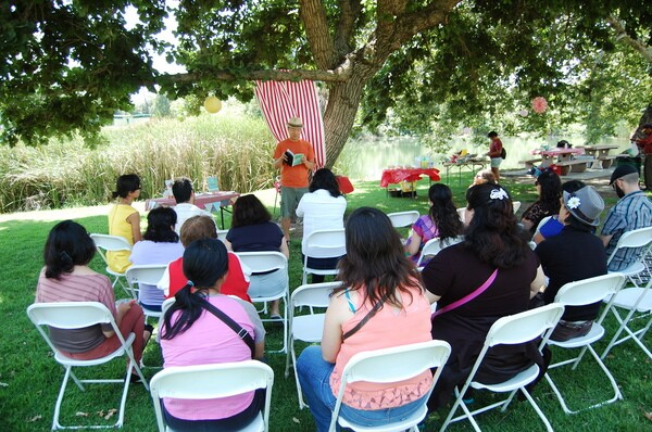 Book reading at ''Birthday Party for Our Books'' | Photo: Courtesdy of SEMAP