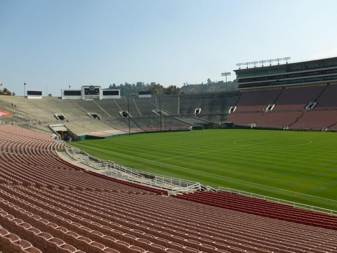 Rose Bowl Stadium (1)