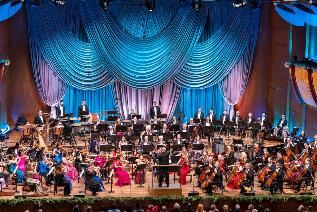 Live from Lincoln Center: New York Philharmonic New Year's Eve 2019 – Sondheim Celebration