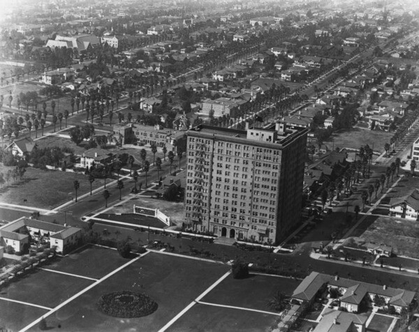 Aerial view of the Gaylord Apartments, ca. 1925