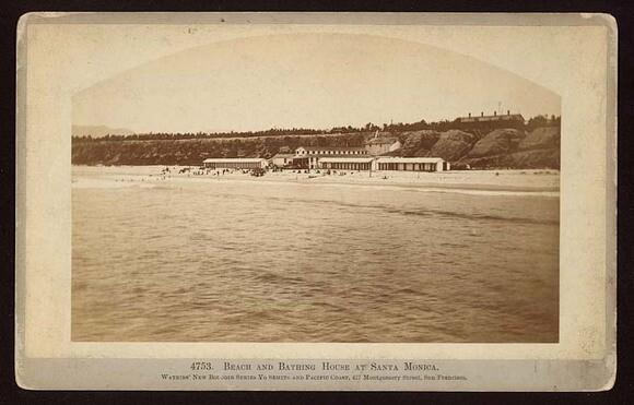 Beach_and_Bathing_House-thumb-580x371-89083