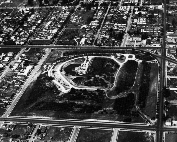 Aerial view of Hollyhock House | Photo: Security Pacific National Bank Collection, Los Angeles Public Library