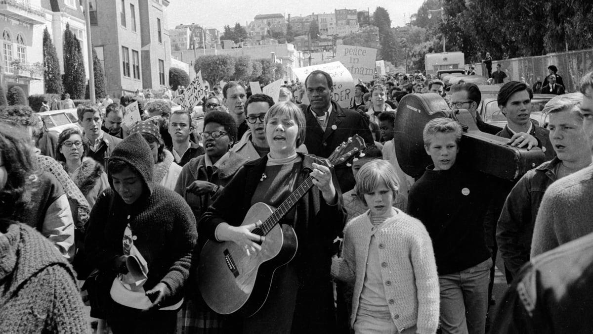 Barbara Dane singing | Eric Weber, Courtesy of the Barbara Dane Legacy Project