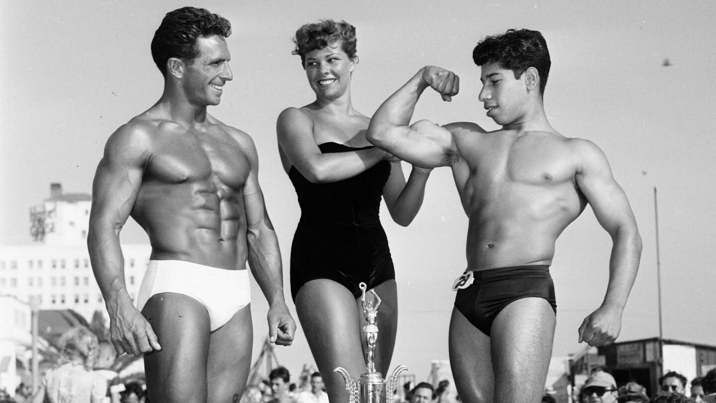 Mr. Muscle Beach, 1951 | Los Angeles Examiner Negatives Collection, 1950-1961/University of Southern California. Libraries