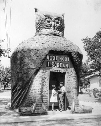 Hoot Hoot I Scream was moved to 8711 Long Beach Boulevard and became the Hoot Owl Café. Its head swiveled, and its eyes (made from automobile headlamps) blinked | Photograph courtesy of Security Pacific National Bank Collection, Los Angeles Public Library
