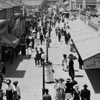 A Midway, Long Beach, Calif., between 1910 and 1920. | Library of Congress