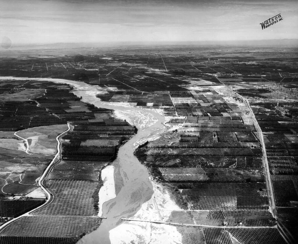 Aerial view of the flooded Santa Ana River in 1938