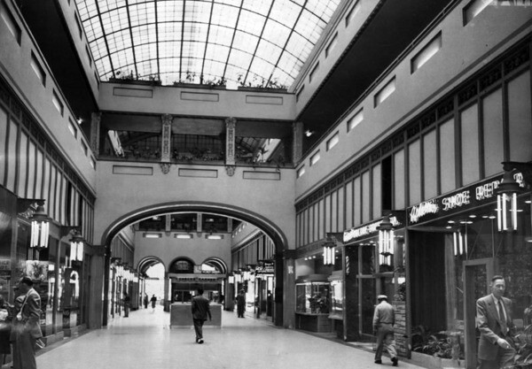1953 interior view of the arcade, whose glass skylight was inspired by London's Burlington Arcade. Courtesy of the Herald-Examiner Collection - Los Angeles Public Library.