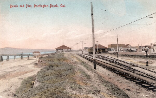 Pacific Electric trolley tracks through Huntington Beach, circa 1908. Courtesy of the Orange County Archives.