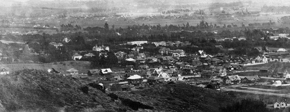 Hollywood in 1903. Courtesy Los Angeles Public Library