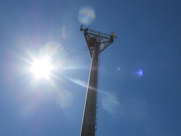 Surveillance towers are positioned every 200 feet along the border. | Photo: Jena Lee.