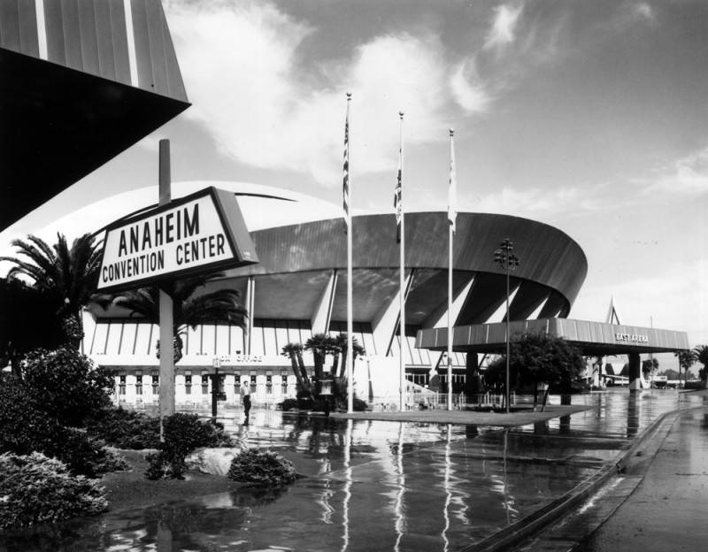 Anaheim Convention Center, 1975 | Herald Examiner Collection/LAPL